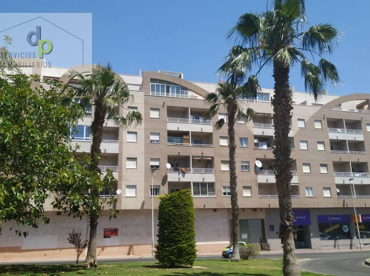 Sale - Apartment / Flat - Torrevieja - Centro